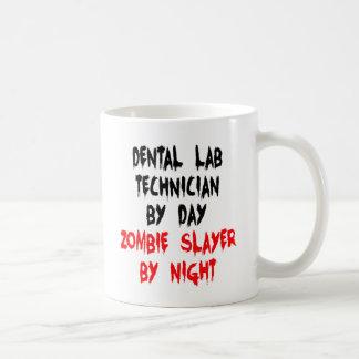 Técnico de laboratorio dental del asesino del taza básica blanca