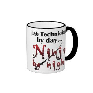 Técnico de laboratorio Ninja Taza De Dos Colores