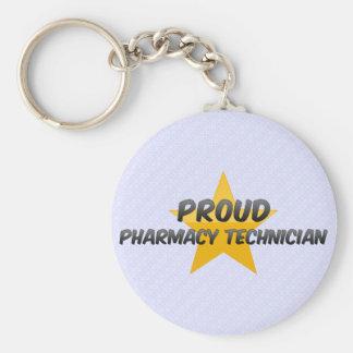Técnico orgulloso de la farmacia llavero