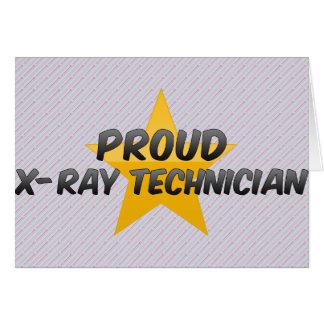 Técnico orgulloso de la radiografía felicitación