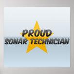 Técnico orgulloso del sonar posters