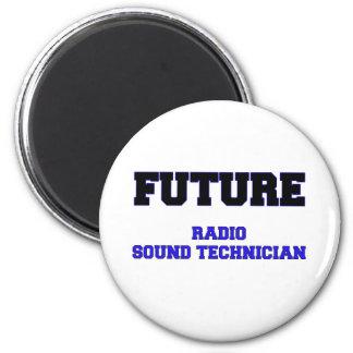 Técnico sano de radio futuro imanes