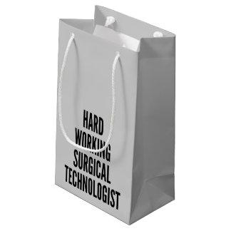 Tecnólogo quirúrgico de trabajo duro bolsa de regalo pequeña