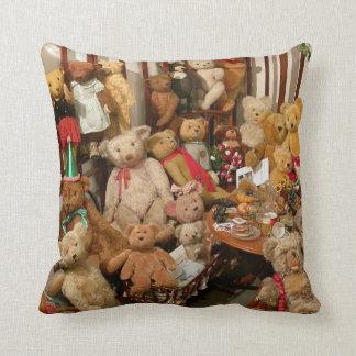 Teddy Bears Collectors Paradise Throw Pillows