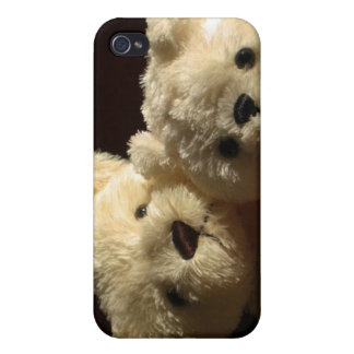 Teddy bears in love iPhone 4 covers