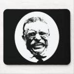 Teddy Roosevelt -- Blanco y negro Tapetes De Ratón