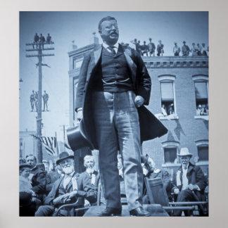 Teddy Roosevelt habla a un vintage de la muchedumb Posters