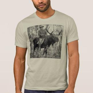 Teddy Roosevelt que monta un alce de Bull Playera