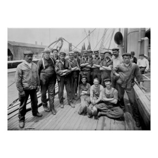 Teddy Roosevelt with Crew, early 1900s Poster