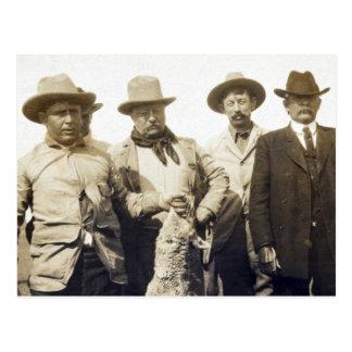 Teddy Roosevelt Wolf Hunting, 1905 Postcard