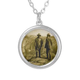 Teddy Roosevelt y John Muir en el punto del Colgante Redondo