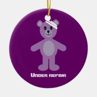 TeddyBear lindo bajo aniversario de la Adorno Navideño Redondo De Cerámica