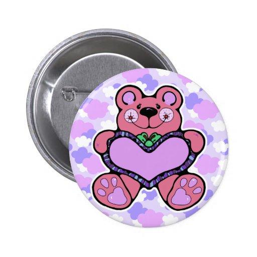teddybear lindo con diseño del corazón pin redondo 5 cm
