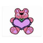 teddybear lindo con diseño del corazón postal