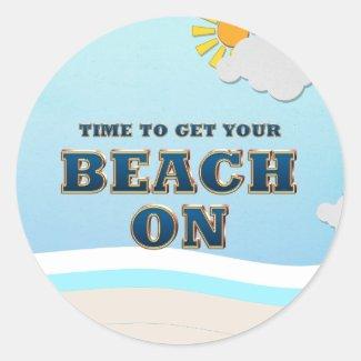 TEE Beach On Classic Round Sticker