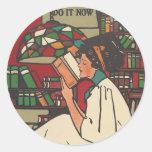 TEE Book Worm Round Sticker