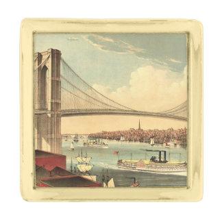 TEE Brooklyn Bridge Gold Finish Lapel Pin