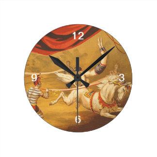TEE Circus Act Round Clock