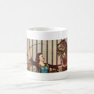 TEE Lion Queen Coffee Mug