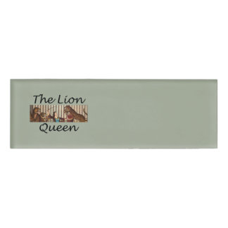 TEE Lion Queen Name Tag