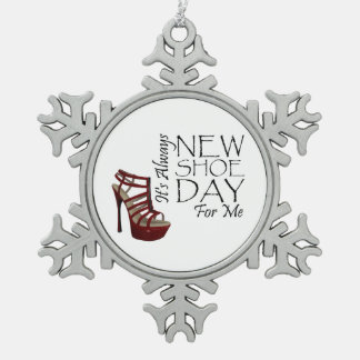 TEE New Shoe Day Snowflake Pewter Christmas Ornament