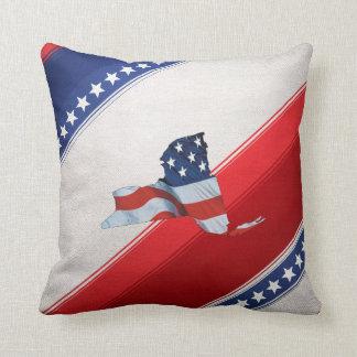 TEE New York Patriot Throw Pillow