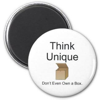 TEE Think Unique Magnet