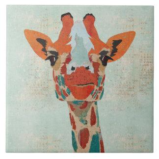 Teja ambarina de la jirafa que mira a escondidas