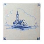 Teja azul anticuaria clásica de Delft - iglesia