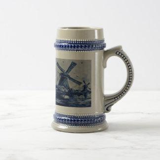 Teja azul antigua de Delft - molinoes de viento Jarra De Cerveza
