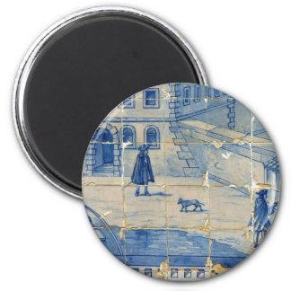 Teja azul con escena de la calle imán redondo 5 cm