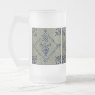 Teja azul de Delft - florero con las flores y el r Taza