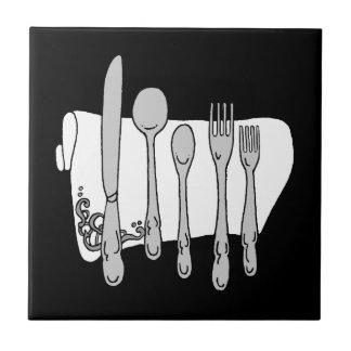 Teja blanco y negro del servicio de mesa