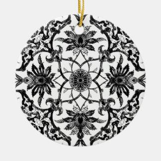Teja china de Nouveau del arte - blanco y negro Adorno Redondo De Cerámica
