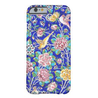 Teja color de rosa rosada floral azul del pájaro funda de iPhone 6 barely there