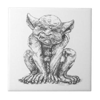 Teja de cerámica de la foto del Gargoyle gruñón
