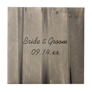 Teja de madera del boda del granero del país
