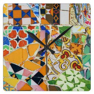 Teja de mosaico de Gaudi Reloj Cuadrado