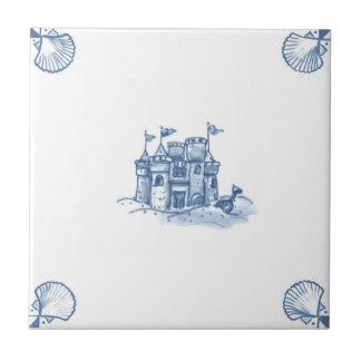 Teja del castillo de arena de Delft con las esquin