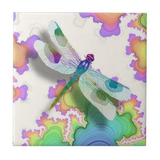 Teja en colores pastel de la libélula