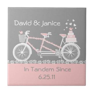 Teja en tándem Trivet del boda de la bicicleta