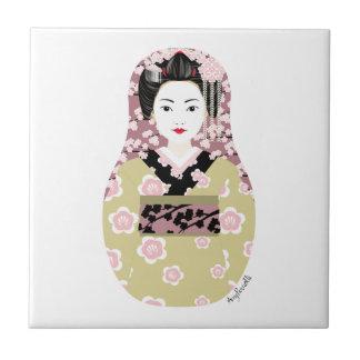 Teja japonesa de Matryoshka del geisha