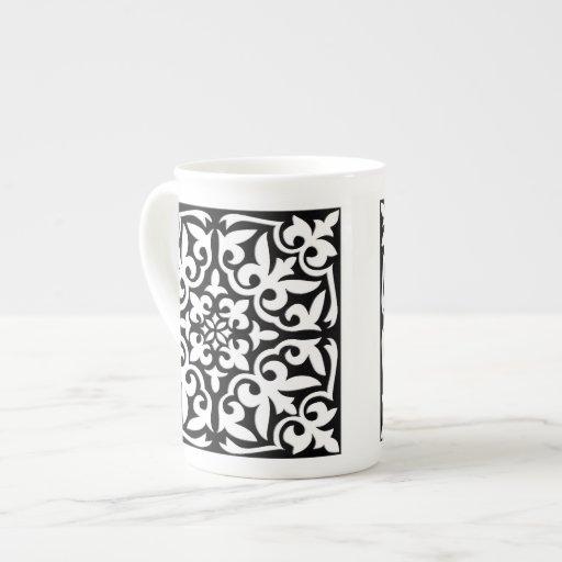 Teja marroquí - negro con el fondo blanco tazas de porcelana