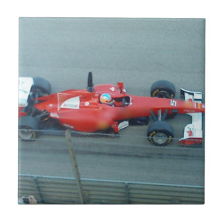 Teja roja del coche de competición