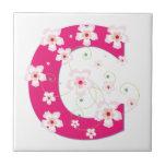 Teja rosada floral bonita inicial del monograma C,