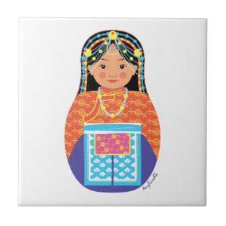 Teja tibetana de Matryoshka del chica