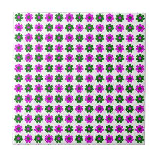 Teja verde y magenta de las flores
