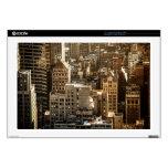 Tejados de Nueva York - rascacielos en luz del sol Portátil Calcomanía