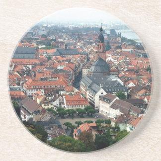 Tejados viejos de la ciudad de Europa Posavasos Manualidades