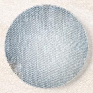 Tejanos descolorados del dril de algodón con el pr posavasos personalizados